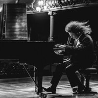Lecciones de Piano Clásico, Blues, Jazz, Rock, Improvisación, Composición, Lectura Musical y Entrenamiento Auditivo