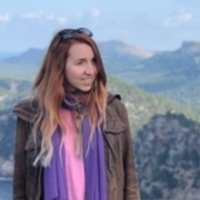 Linguist with 8 years of experience offering English language lessons to students of all ages