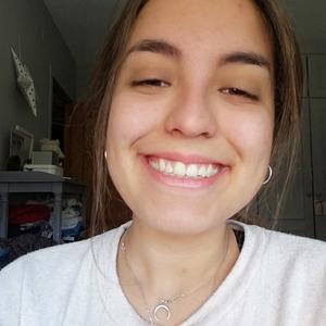 Natalia Málaga Málaga Estudiante De Auxiliar De