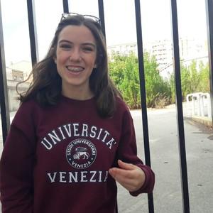 Sara - Sabadell,Barcelona: Estudiante de cuarto de la ESO que da ...
