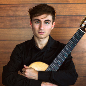 Hugo - Denia,Alicante: Guitarrista clásico concertista da