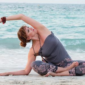 stefania  valenciavalencia profesora de hatha yoga y