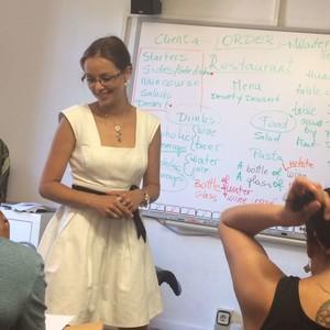 Amalia barcelona barcelona profesora de ingl s for Haces falta trabajo barcelona